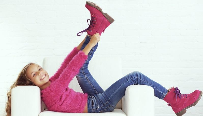Für Mädchen gilt in der aktuellen Saison natürlich, dass sie auf stylische Schuhe nicht verzichten müssen – und zwar bei jedem Wetter. So müssen auch gefütterte Winterschuhe den aktuellen Trends entsprechen. (#01)