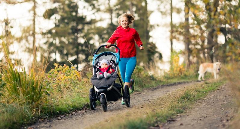 Die einzelnen Kinderwagenarten haben noch einen Unterschied: ihre Alltagstauglichkeit!