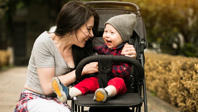 In erster Linie schauen die meisten Eltern auf den Kinderwagentest und orientieren sich an den dort getesteten Modellen mit den guten Noten.