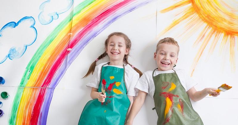 Regenbogenkinder, aber auch die übrigen Lichtkinder verfügen über eine ganz besondere Begabung: Sie sind sehr empfindsam und können Dinge wahrnehmen, die übrige Menschen nicht empfinden können. (#01)