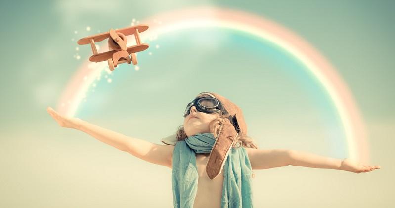 Manche Eltern fragen sich, ob ihr Kind ein Regenbogenkind sein könnte. Besonders wenn das Kind sehr sensibel ist, kann das sein.  (#03)