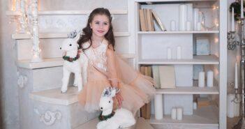 Weihnachtliche Looks für Kids: Für das Familienfest